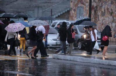 Alerta meteorológica por ingreso de frente frío y lluvias