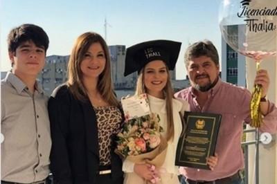 Maricha Olitte Orgullosa De Su Hija Que Obtuvo Su Título Universitario