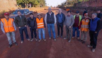Ministro verifica obras en Arroyito