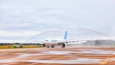 Air Europa inicia vuelo desde Madrid a argentina Iguazú vía Paraguay