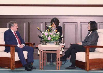 El titular de la Corte se reunió con la presidenta de China Taiwán