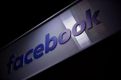 """Facebook cierra por  """"comportamiento falso""""  campaña vinculada a Gobierno saudí"""