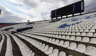 Menos de 100 entradas vendidas en sector de Olimpia