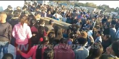 UNA MULTITUD DESPIDIÓ A ODILIO ROMAN EN SAN PEDRO DEL PNA.