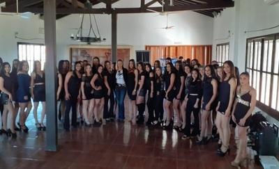Hermosas chicas participaron del casting de promotoras para la Expo Norte