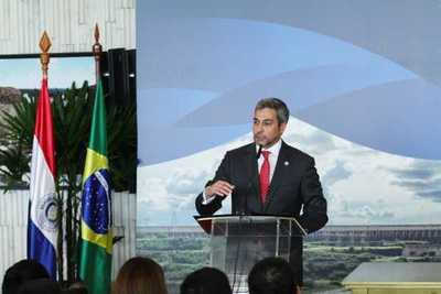 Conflictos deben servir para fortalecer posición paraguaya en Itaipu, afirma presidente