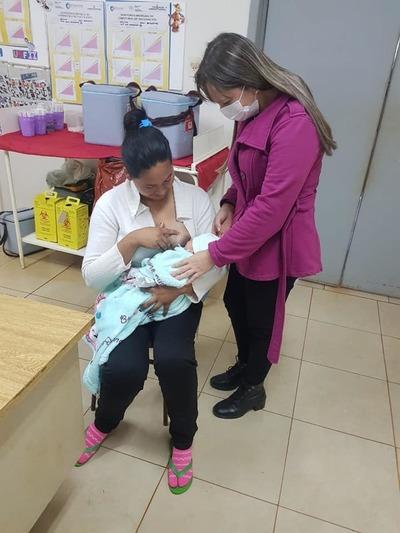 Orientación sobre lactancia y control prenatal en las USF del interior