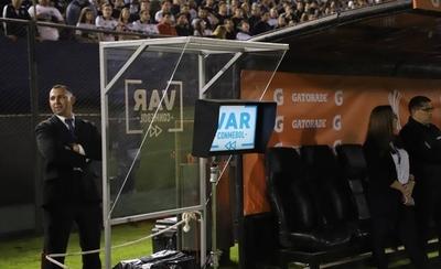 HOY / Charla de árbitros y sala de VAR sería de alcance público