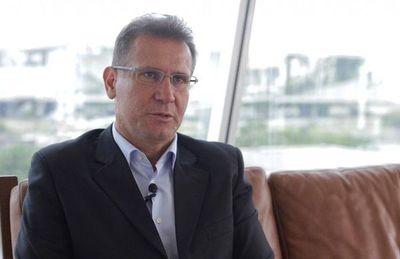 Admiten mal uso del VAR en Brasil