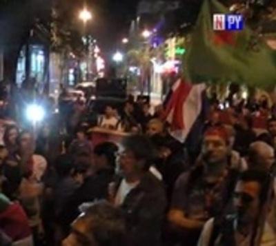 Juicio político: Anuncian protestas sistemáticas y tomas de colegios