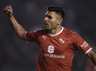 En duelo de Independientes, el de Argentina pega primero