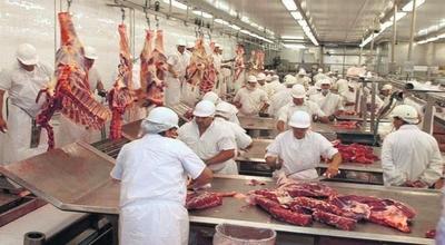 Ganadería tendría tendencia a baja si precio de carne no sube