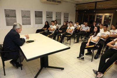 Estudiantes visitaron el Museo de la Justicia