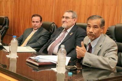 Ministros participan en capacitación a jueces