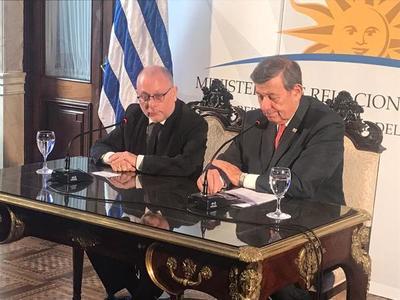 """Cancilleres de Argentina y Uruguay interesados en """"preservación de la vida institucional del Paraguay"""""""