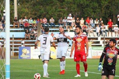 El Decano goleó y accedió a los octavos de final de la Copa Paraguay