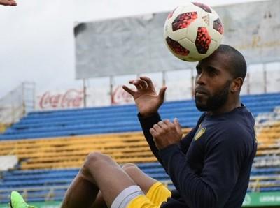 Paulo Lima tiene en la mira a Olimpia