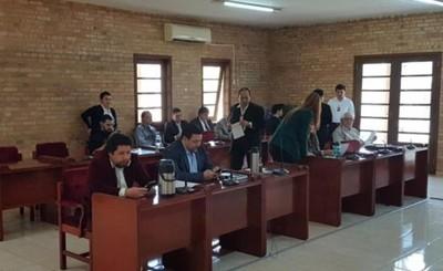Junta rechaza pedido de 33 empedrados por parte del intendente