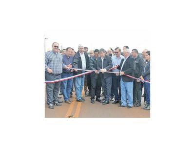 Inauguran ruta de 47 km, la primera obra  llave en mano