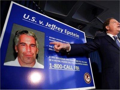Hallan sin vida a Jeffrey Epstein, acusado de tráfico sexual a menores