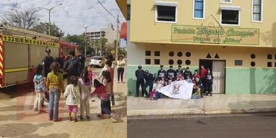 BRIGADISTAS DEL CUERPO DE BOMBEROS AGASAJARON A NIÑOS DEL HOGAR SAGRADO CORAZÓN