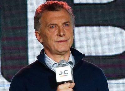 Victoria del kirchnerismo en primarias complica reelección de Mauricio Macri