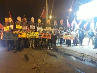 Manifestaciones en simultáneo contra el acto entreguista