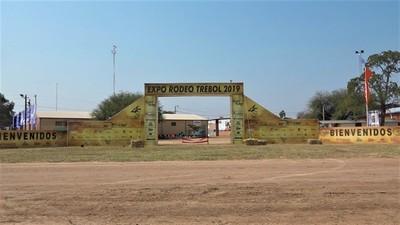 Estudiantes podrán ingresar de forma gratuita a la Expo Trebol