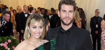 HOY / Habla Liam Hemsworth tras divorciarse de Miley Cyrus y que esta se 'metiera' con otra