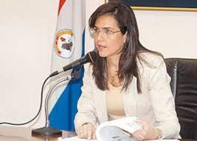 Directora Financiera  de Itaipú Binacional es destituida