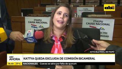 Kattya González fue expulsada de la comisión de investigación sobre Itaipú
