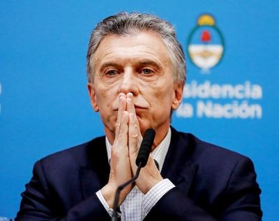 Argentina empantanada, el peso se sigue devaluando