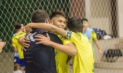 Franco y Paranaense ganan en el debut