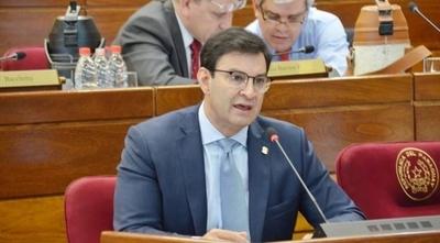 """HOY / Ovelar: """"Horacio Cartes es el primer expresidente con poder real"""""""