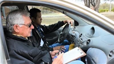 Municipalidad impulsa educación vial en Mariscal Estigarribia