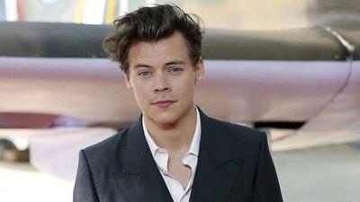 """HOY / Harry Styles rechaza ser el príncipe Eric en """"La Sirenita"""""""