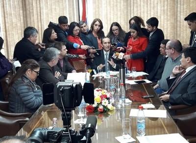 Citan a los primeros implicados en el caso acta firmada con Brasil sobre Itaipú