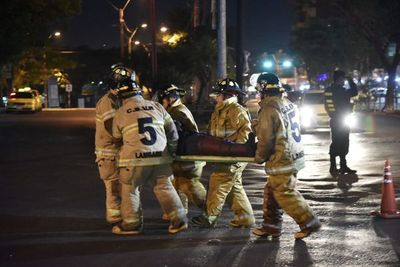 Conductor de Automóvil atropelló a motociclista y huyó