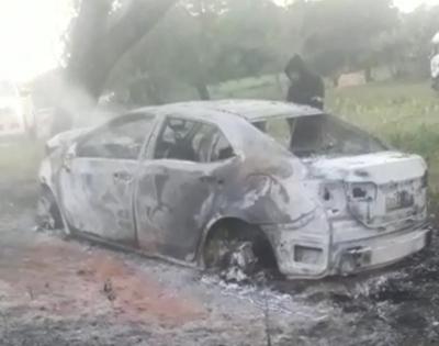 Horqueta:Joven muere calcinada en su auto