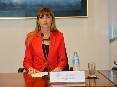 Mario Abdo pidió que se redoble el esfuerzo en Ministerio del Trabajo, dice Carla Bacigalupo