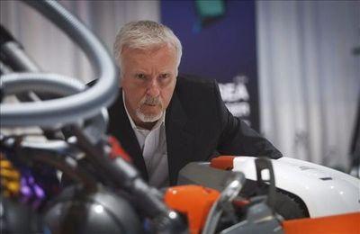 James Cameron llega a la edad de jubilación con cinco taquillazos por estrenar