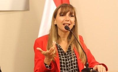 Acta entreguista: Filtran mensajes que podrían comprometer a Ullón y especialista contratado para tema Itaipú