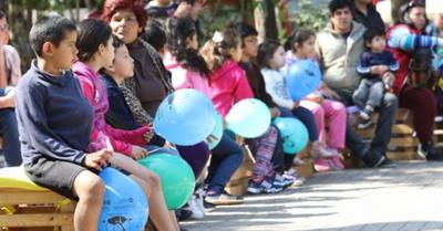 Ferias en calle Palma pusieron  algo de color