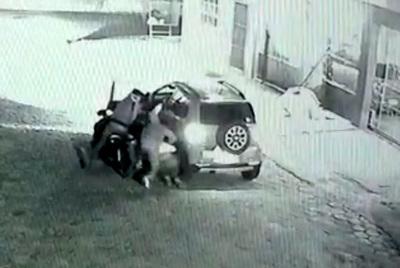 Violentos motoasaltante son filmados en plena acción en el barrio Obrero de CDE