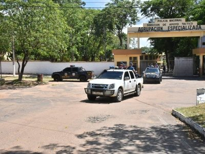 Casañas Levi: Policías se excedieron con escrachadores de Valenzuela