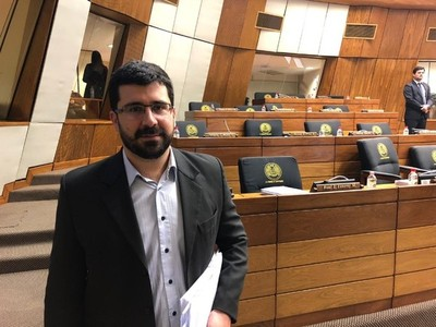 Primer año de gestión de Mario Abdo, 'negativo', afirma diputado