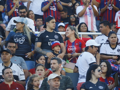 Espíritu deportivo entre Cerro y Olimpia