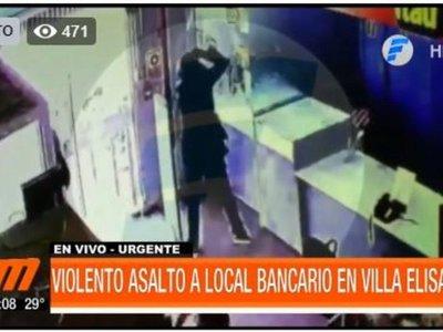 Delincuentes balearon a policía en millonario asalto a un local de cobranzas