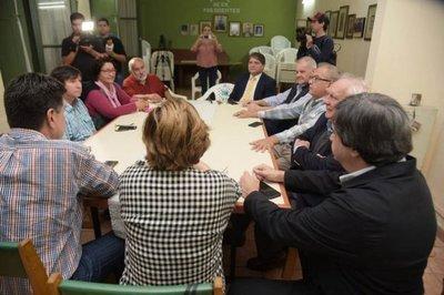 Oposición pretende tratar la próxima semana el juicio político a Abdo y a Velázquez