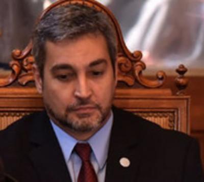 Según encuesta, Mario Abdo no está preparado para negociar Itaipú